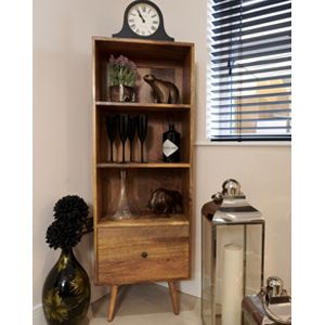 Light Retro Chic Bookcase